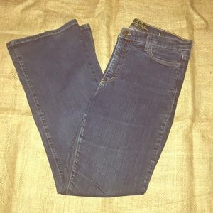 NYDJ comfy blue 👖 jeans... boot cut/size 12